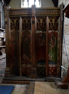 Bedfield rood screen 2