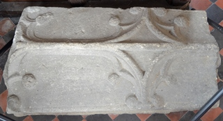 Clare coffin lid