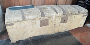 Wingfield chest