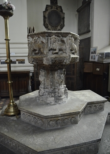 Ipswich St Mary le Tower font